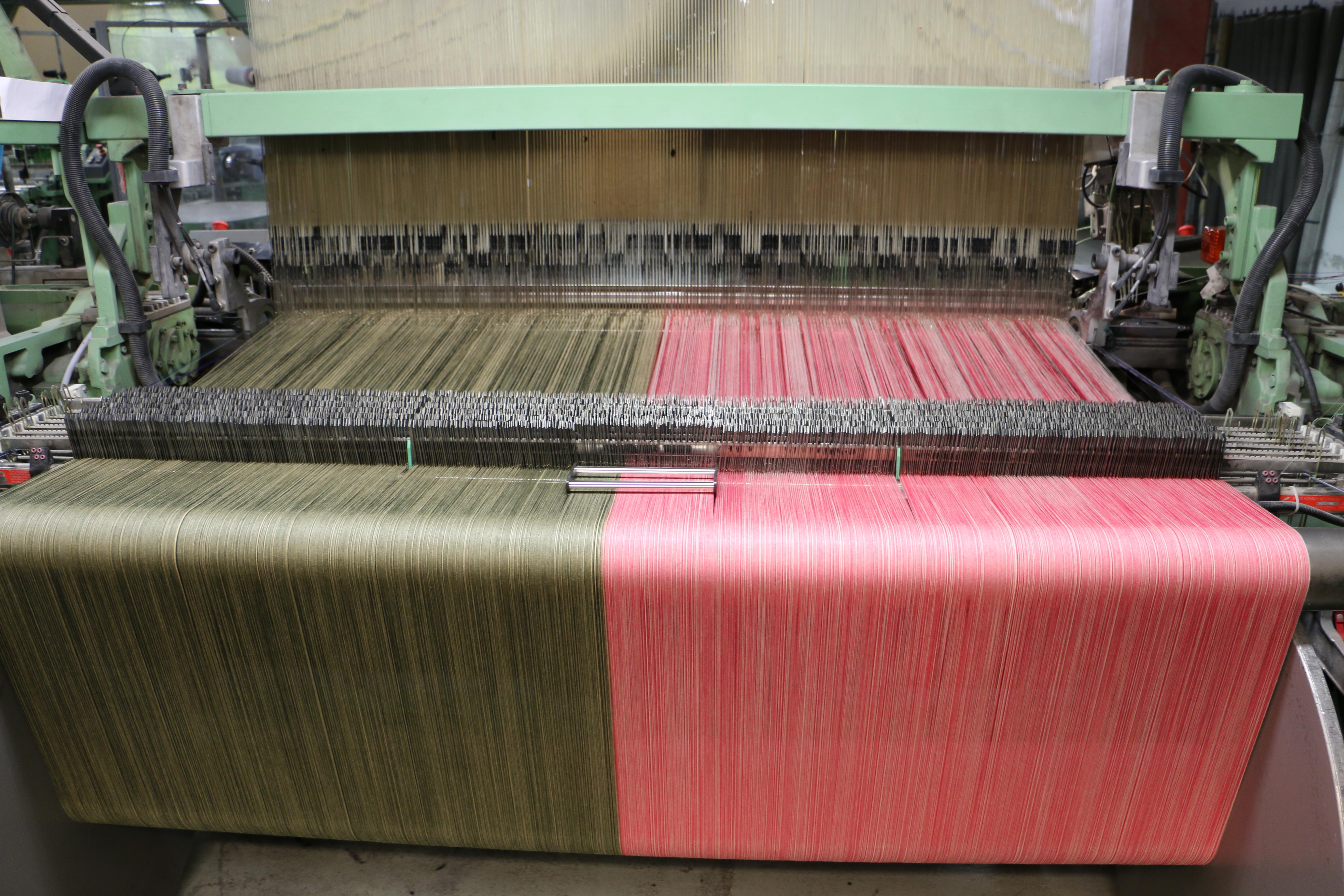 Produksjon av Muntheart produkter hos Innvik